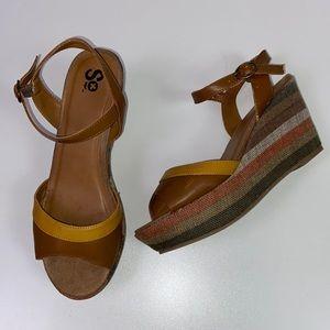 SO I Striped Tan Sandal Wedge Size 8.5